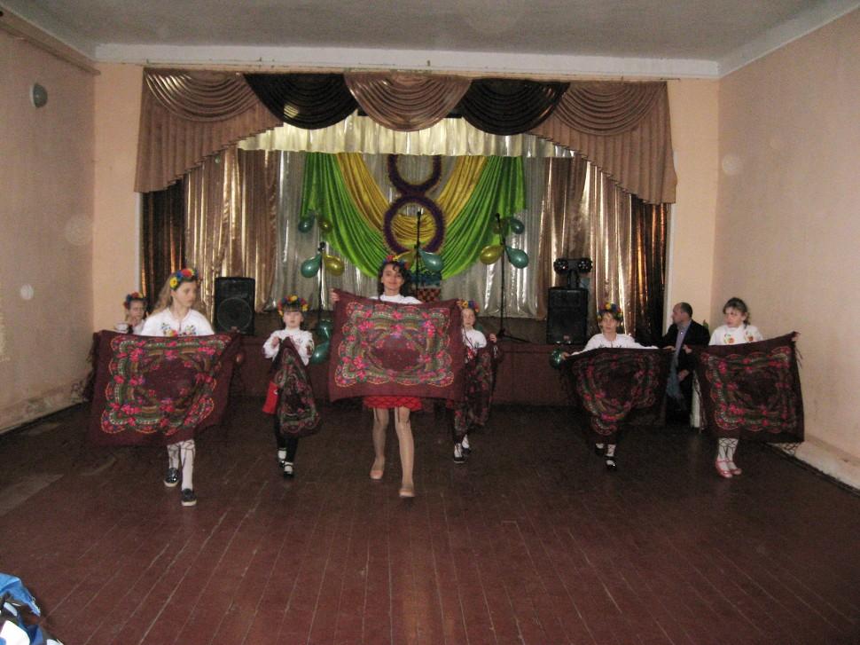 Альбом: 7 Березня  - Нечволодівським сільським клубом було проведено концерт «Жінка – найчарівніше творіння Землі!» до Свята 8 Березня.